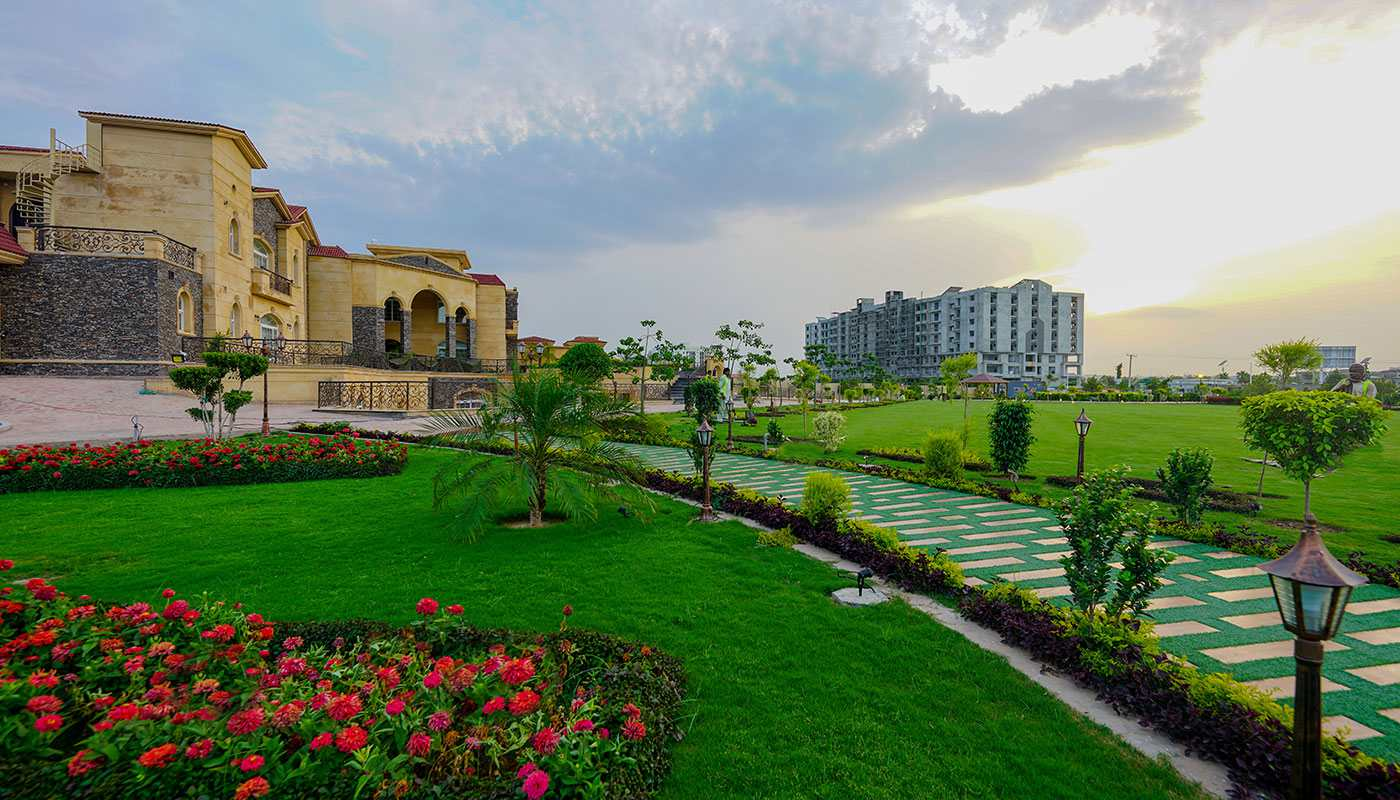 Farmhouses in the Greens area of Gulberg Islamabad